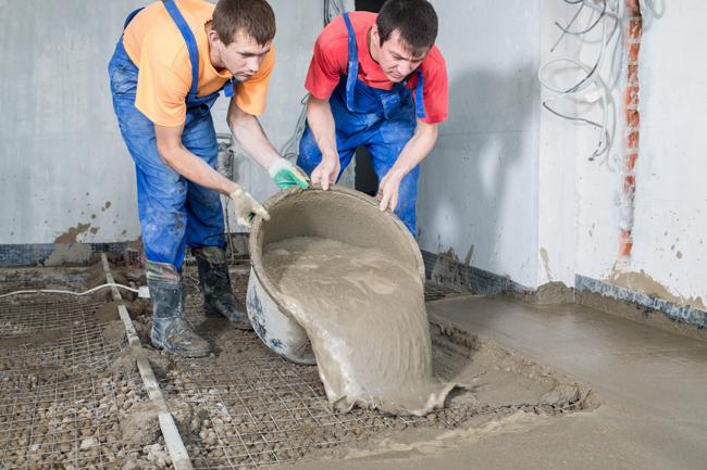Расход материала для заливки зависит в основном от состояния черновой поверхности