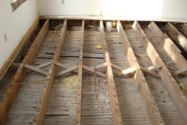 Полная замена старого деревянного пола