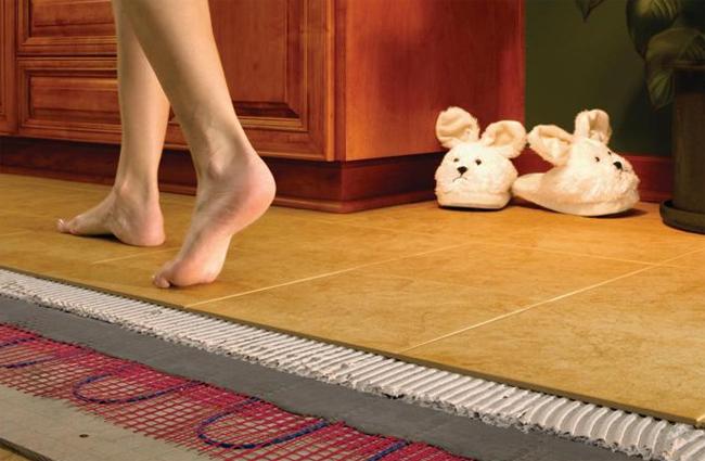 Теплый пол широко применяют в ванных, кухнях, коридорах и детских комнатах
