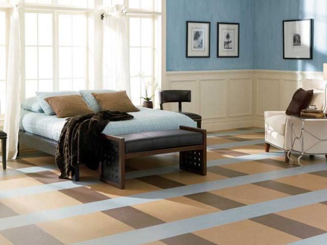 Так как спальня предназначена для отдыха, то и напольное покрытие должно соответствовать данному требованию