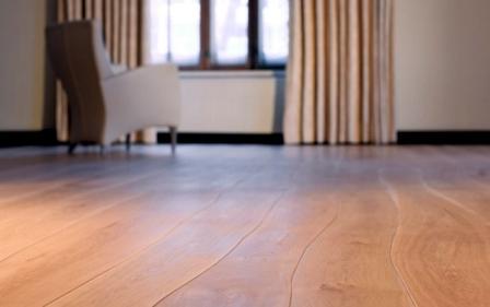 Если пол будет настилаться из досок с толщиной 30-40 см, то промежуток между лагами – до 80 см