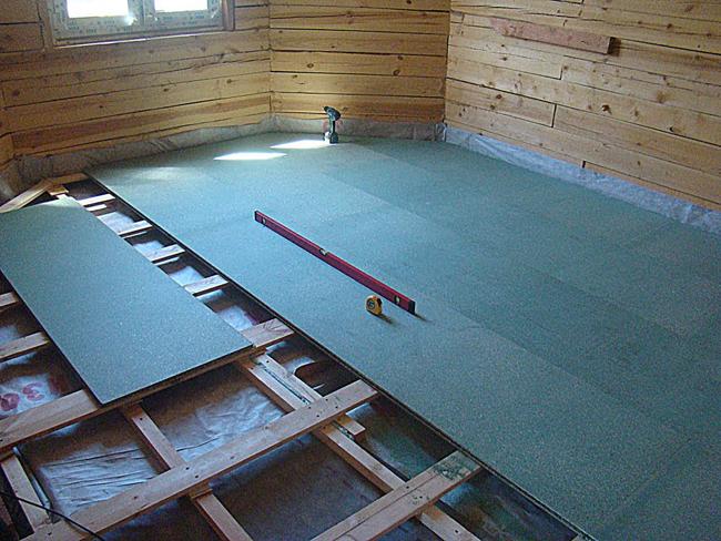 Влагостойкую ДСП можно использовать как выравнивающую поверхность под финишное покрытие