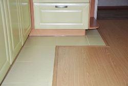 Кухонные полы должны беспроблемно очищаться от разных видов загрязнений