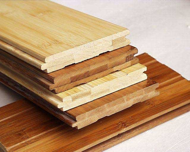 Штучный паркет представлен однородными планками на основе ценных пород или высшего сорта древесины