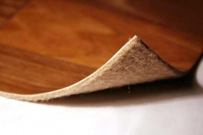 Идеальная разновидность линолеума для склеивания материала на тканевой основе
