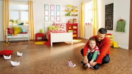 Линолеум – самый доступный вариант напольного покрытия. При должном уходе прослужит долго