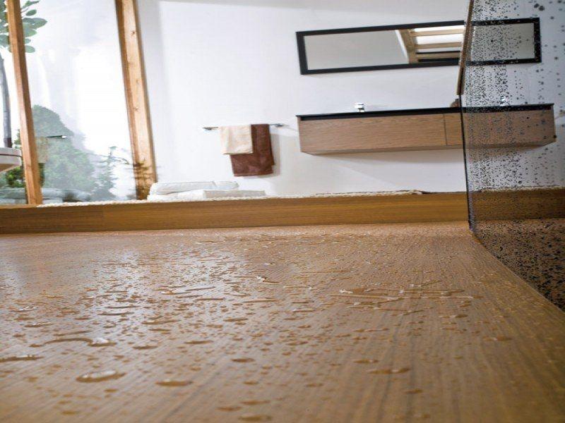 Система замкового соединения позволяет получить полностью влагостойкое ламинированное напольное покрытие