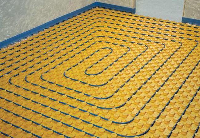 Особенно удобен пенополистирол для теплых водяных полов, если он снабжен специальными замками для крепления трубок