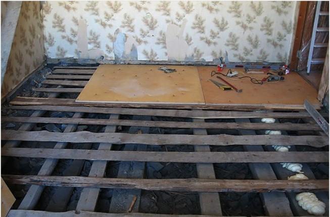 Укладывать ламели на деревянные полы, которые гниют или поражены грибками, недопустимо