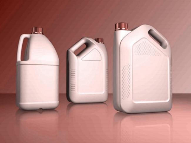 В зависимости от исходного состава пластификаторы могут быть в жидком либо твердом (сыпучем) состоянии