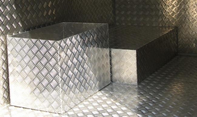 Из алюминиевых листов Квинтет можно создавать каркасы практически любой формы