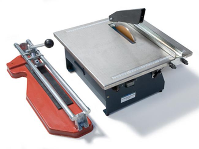 Плиткорез бывает двух основных видов: ручной и механический