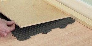 Укладка кафельной плитки на деревянный пол: основные этапы процесса