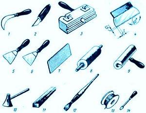 Набор инструментов может отличаться, в зависимости от выбранного способа укладки и объема работ