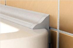 Качественный плинтус для ванны подобрать достаточно сложно