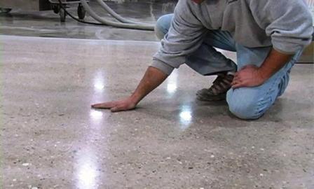 Заливаем теплый бетонный пол