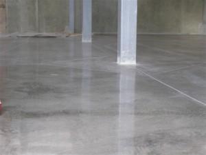 Технология устройства бетонных полов обязательно должна соблюдаться, и у Вас будет прочный пол