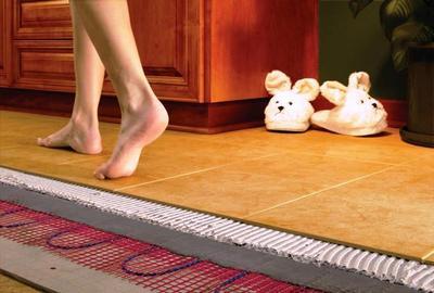 Теплый пол сделает ваш дом намного уютнее. Теплые домашние тапочки уже в прошлом
