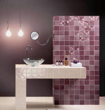 Керамическая плитка отличается высокой износоустойчивостью и влагостойкостью