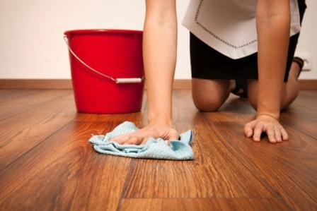 Не используйте чистящие абразивные средства