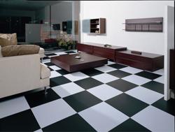 Пол «шахматная доска» из виниловой плитки