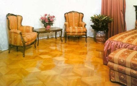 Функциональное назначение комнаты предъявляет соответствующие требования к покрытию