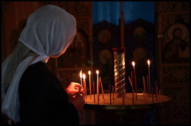 Как ставить свечи в церкви: за себя, родных, недругов…