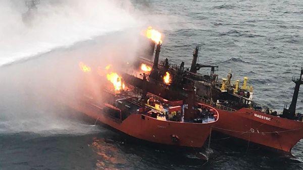 Пожар натанкерах вЧерном море продолжается