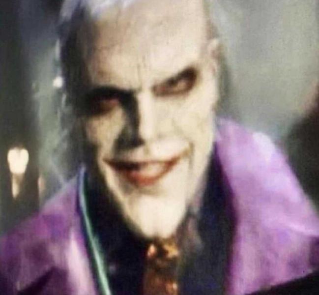 Фото Джокера после падения в химикаты в сериале «Готэм»