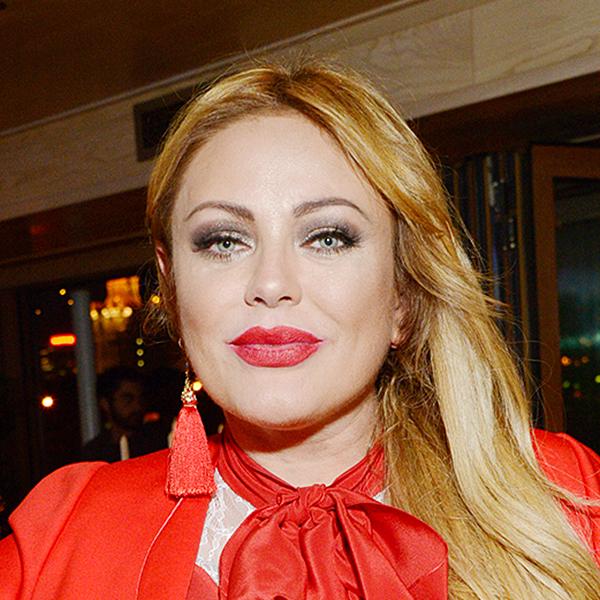 Музыкальный критик назвал Юлию Началову посредственностью и возмутился идеей почтить память певицы на фестивале искусств