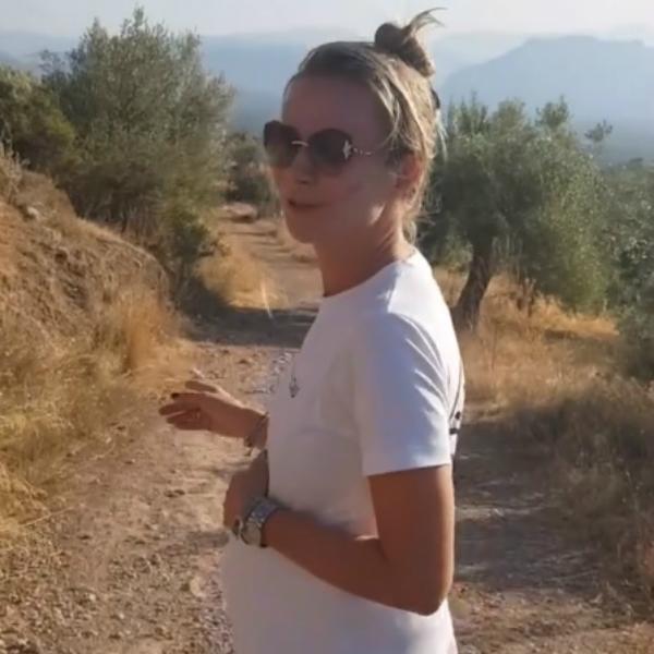46-летняя беременная Мария Миронова заявила, что ей нужно себя беречь