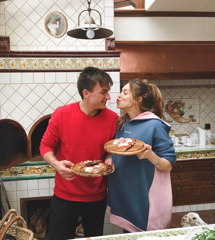 Регина Тодоренко рассказала, что они с мужем Владом Топаловым планируют рождение дочери